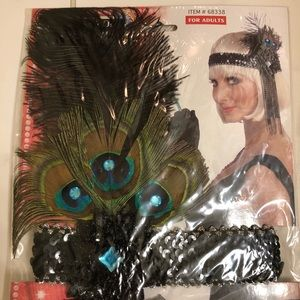 NEW IN PACKAGE! 🎃 1920's FLAPPER FEATHER HEADBAND